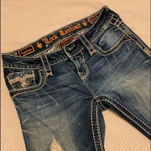 Rock Revival, straight leg jeans 👖